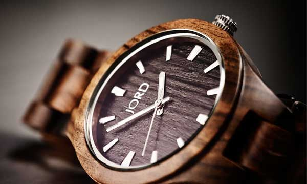 orologi in legno da polso